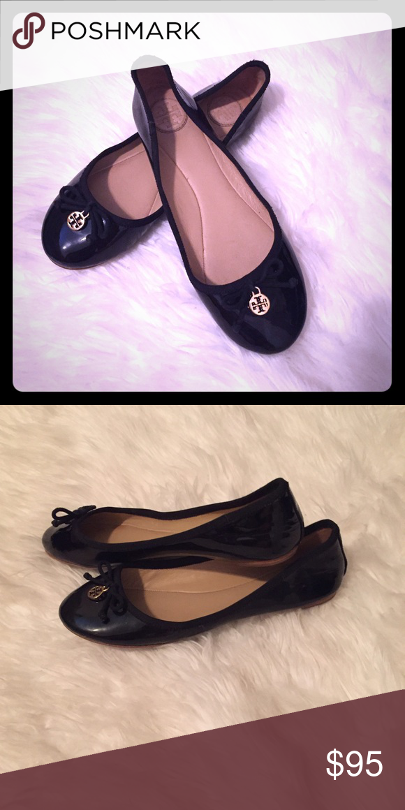 Tory Burch Flats EUC Size 7. Smoke free. Black! Tory Burch Shoes Flats & Loafers