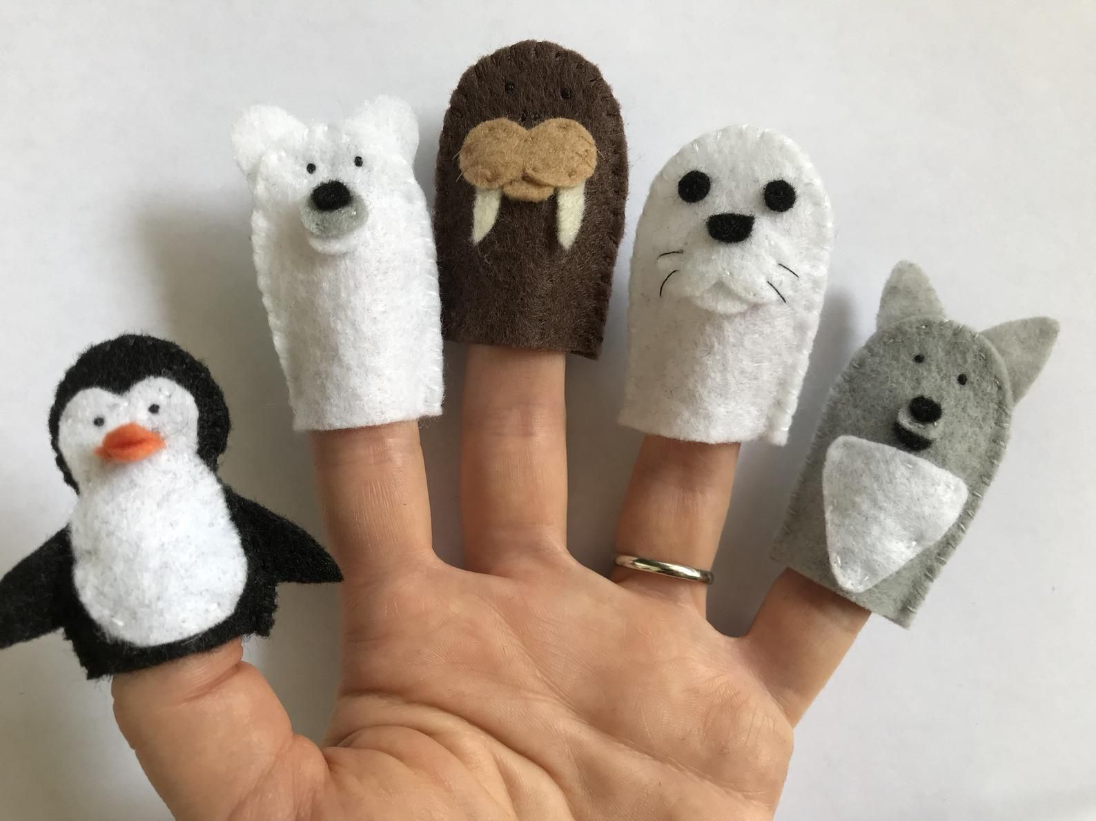 Polar Arctic Animals Felt Finger Puppets Penguin Polar
