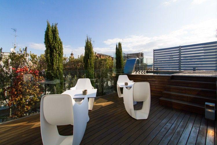 Terraza Atico Plaza De La Reina Ii Vlc Valencia Luxury Double Beds Gazebo Sun Lounger