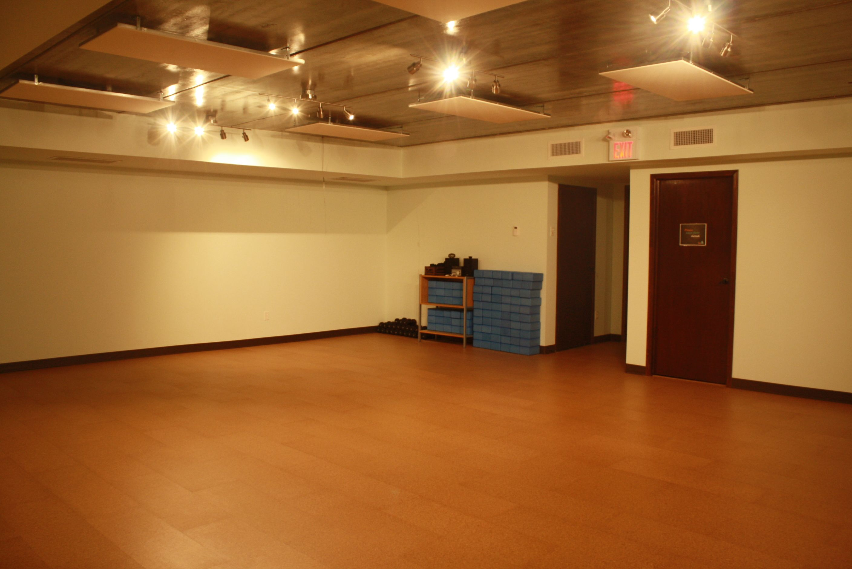 Fußboden Ideen Yoga ~ Hot yoga infrared heat and radiant flooring brings a nice dry