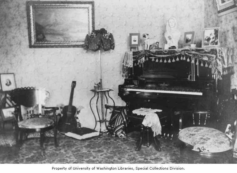 Living Room Ca 1900