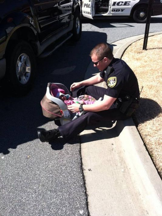 two dunwoody  ga  police officers who responded to a