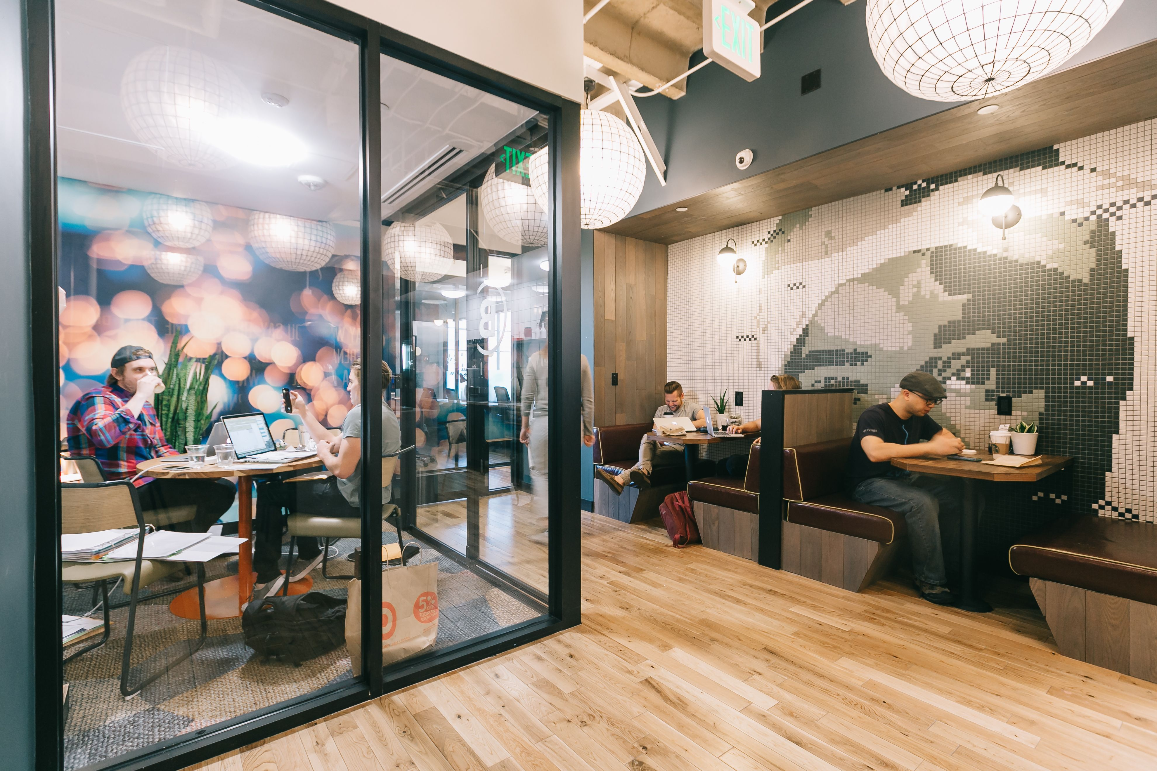 Pin By Jason Griffith On Studios Decoration Common Area Office Space Inspiration Coworking