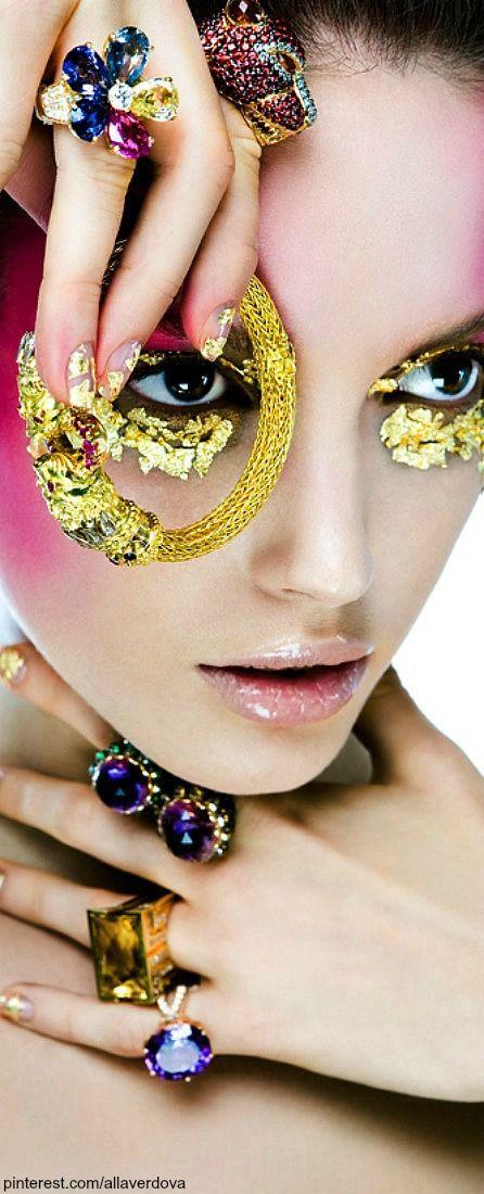 Todo para tu Maquillaje de Fantasía en deperfum.com