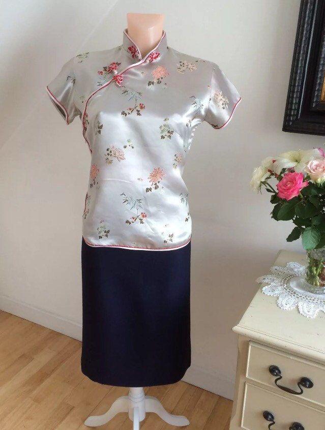 Stunning 1950s Silver Cheongsam Jacket Blouse Satin Designer Hand Made Vintage 50s Satin Bluse Bluse Jacken