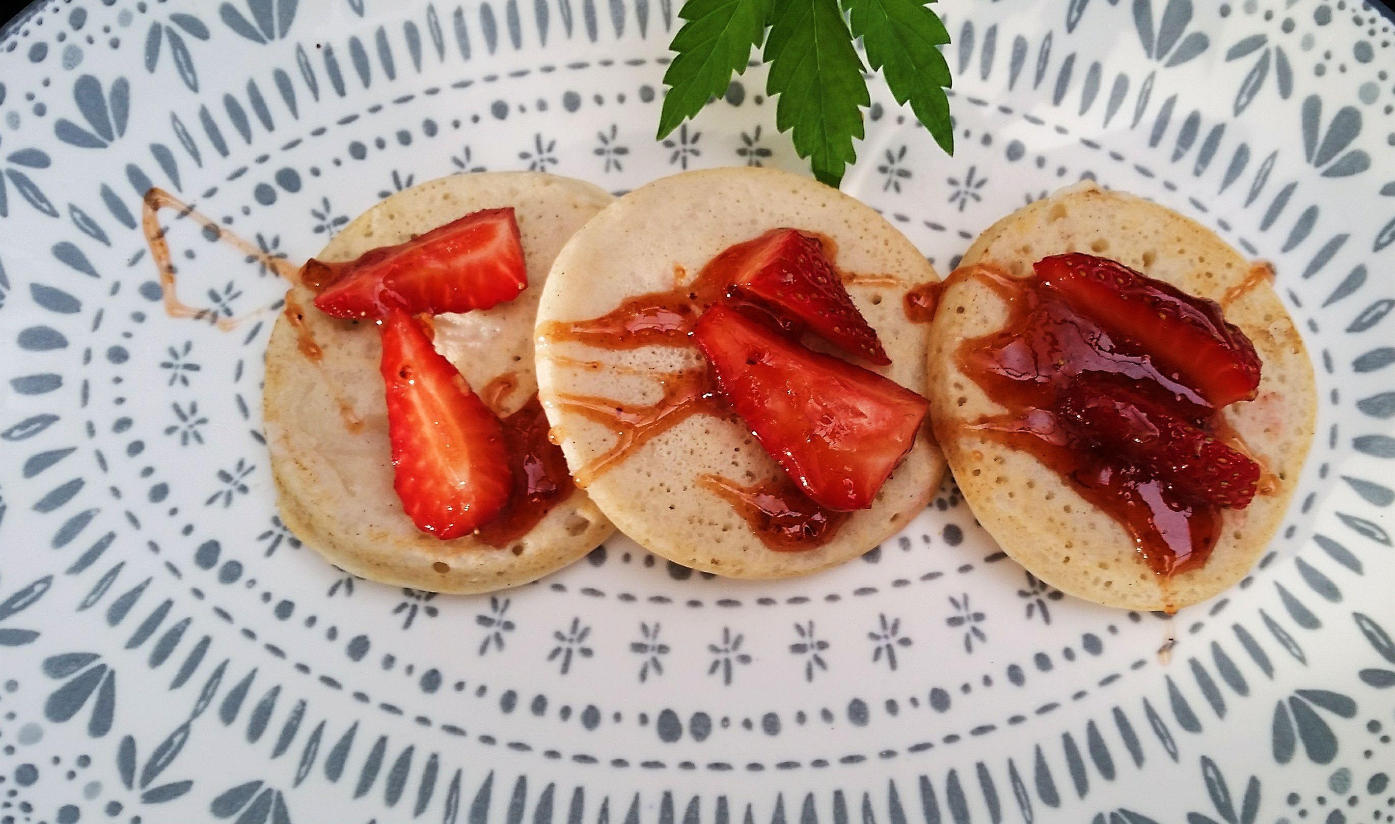 Ohh yeah lovely best high protein plant based HEMPlified pancakes ... Using a blend of rice and buckwheat flours blended with coconut cream and hemp mylk!   #hemp #hempseeds  #hempnutrition #hempfood #superfood #powerful #goodness #hempseeds #giveitago #trustinnature #gethemped #hemplove #gethempedoz #hempmylk