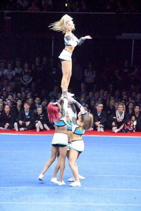She Looks So Sassy Lol Cheerleading Cheer Extreme Sxs Cheer Movies Cheer Stunts Cheer Extreme