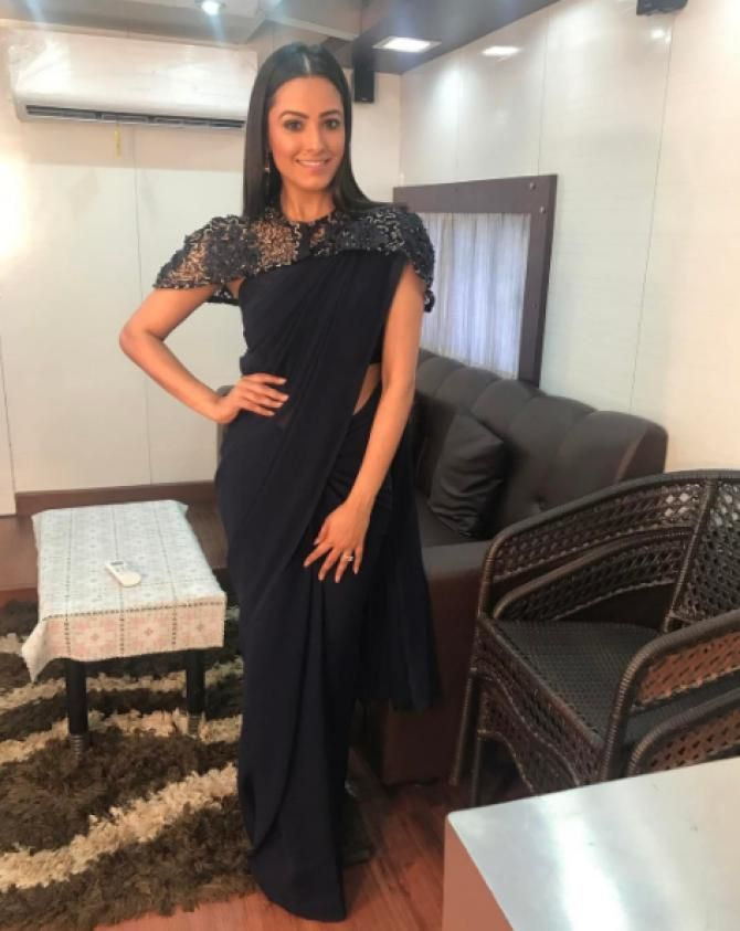 Anita Hassanandani Blouse Designs You Can Steal, Here're Best Blouse Designs From Her Wardrobe #blousedesignslatest