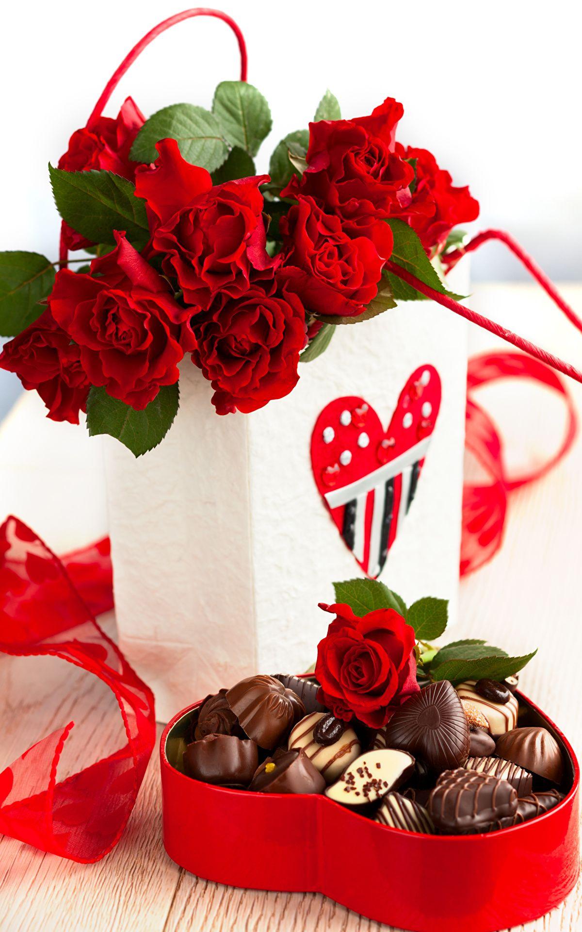 Znalezione Obrazy Dla Zapytania Czekoladki Na Dzien Kobiet Cute Valentines Day Gifts Valentines Roses Valentine Day Gifts