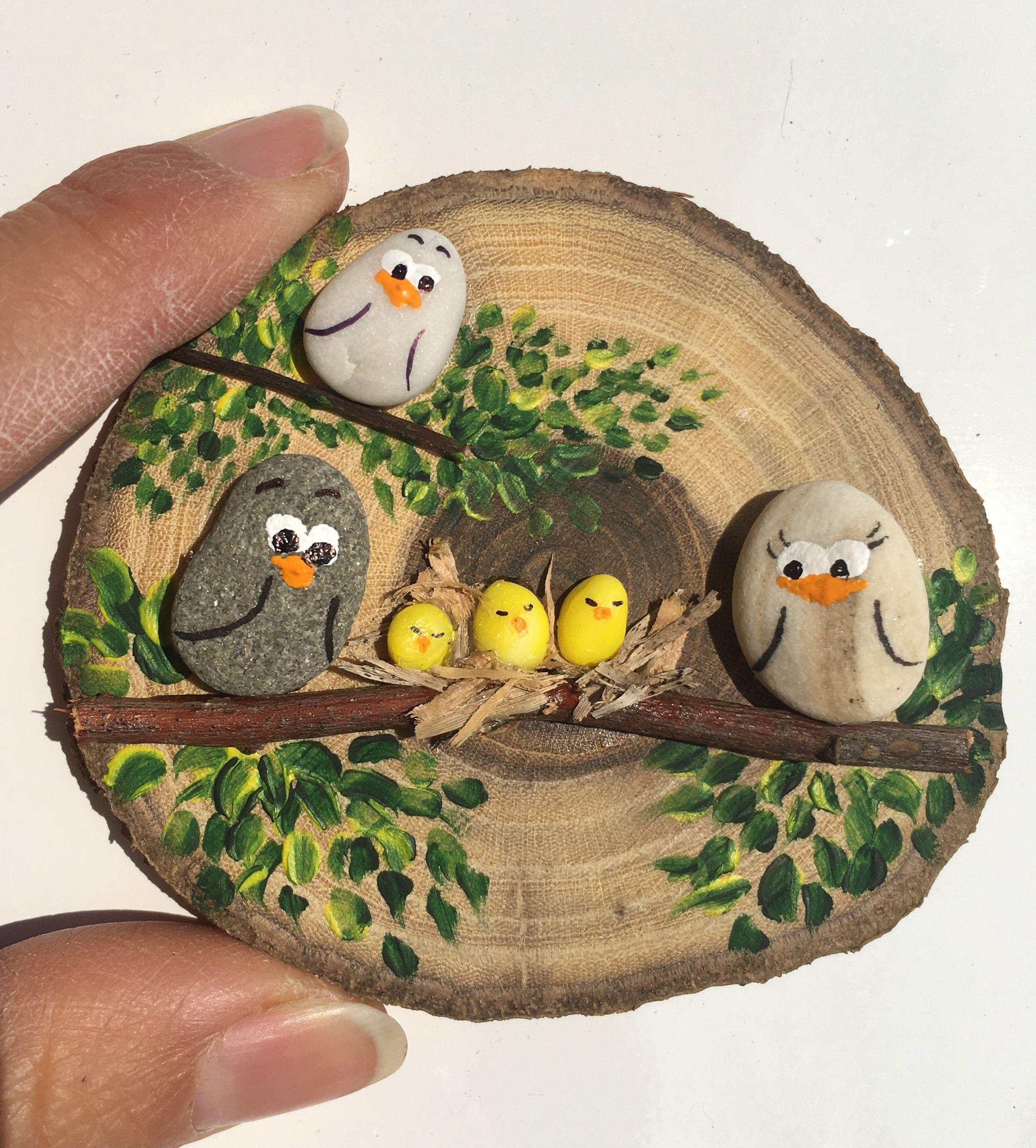 Vogelkaka' Painted rocks, birds on driftwood - JL