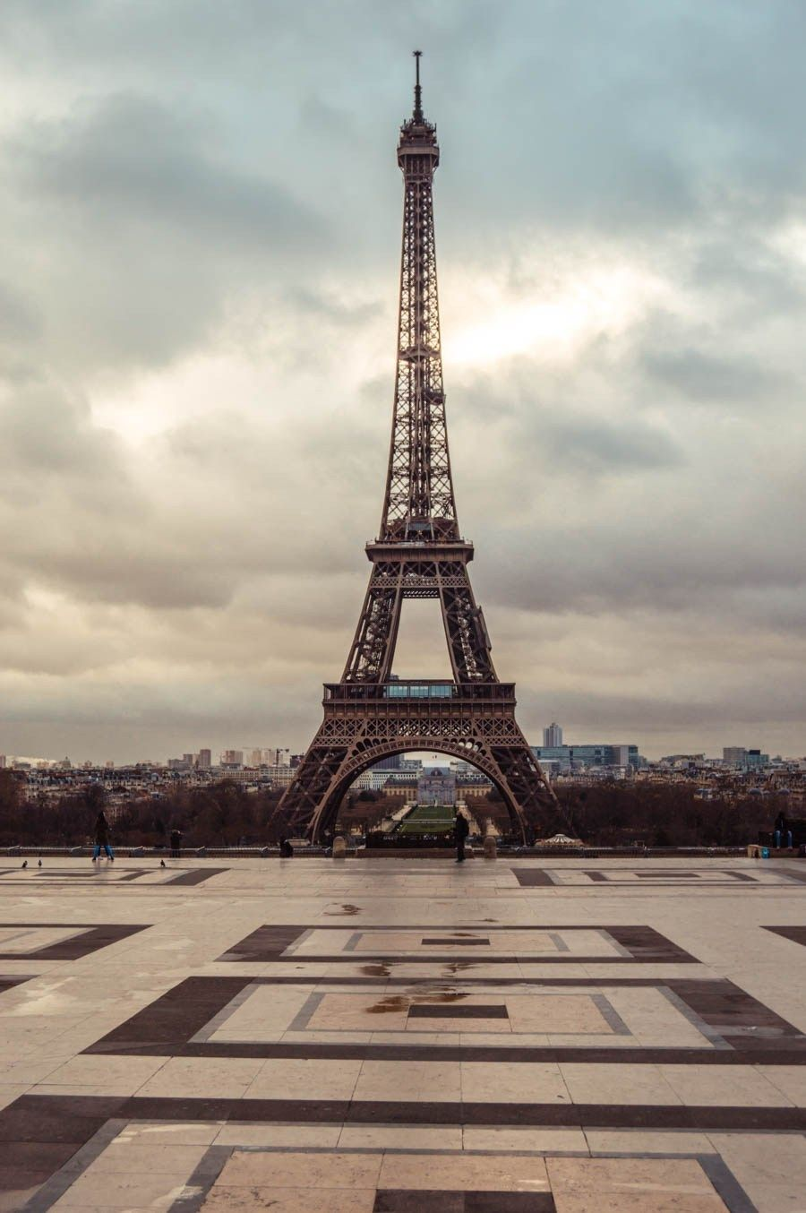 Best Spots to View and Photograph the Eiffel Tower #eiffeltower