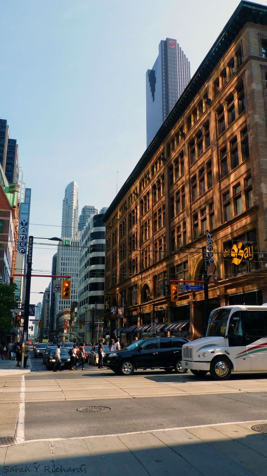 15 things you can do for #FREE in Toronto. More info here http://bit ...