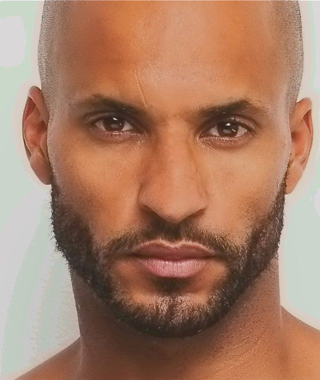 Pictures & Photos of Ricky Whittle - IMDb