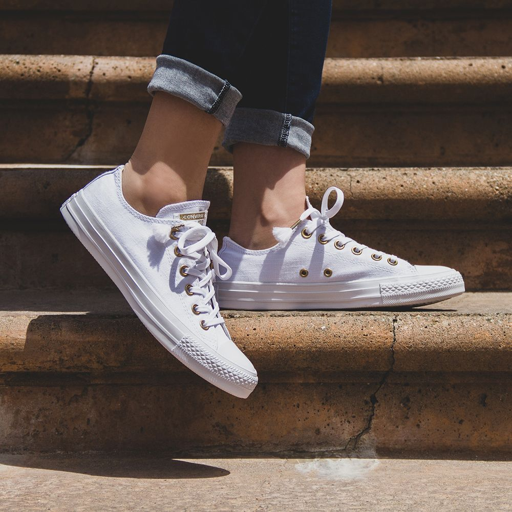 2cd3ce3e4850 Converse Chuck Taylor All Star OX Low Top Women s - White Driftwood ...