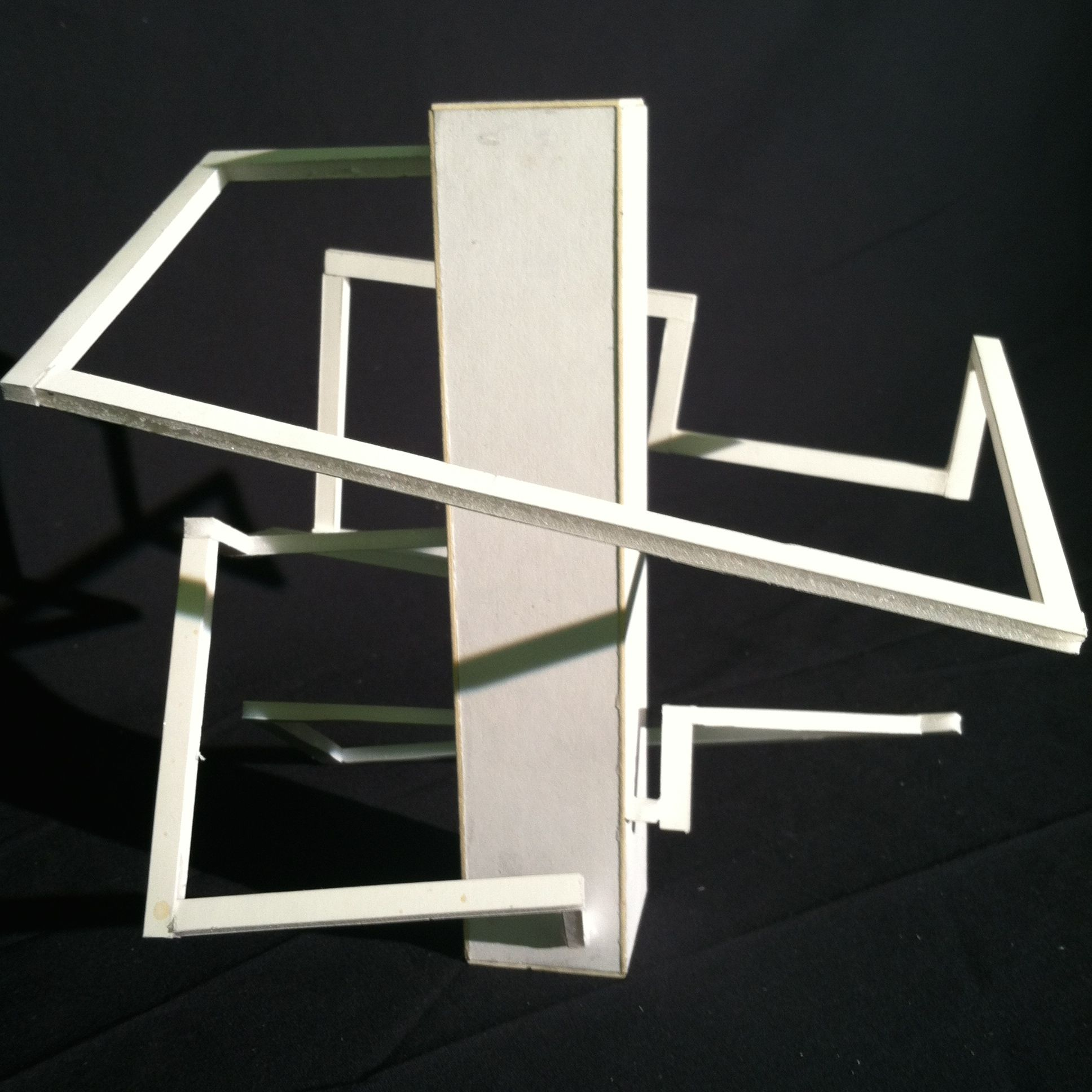 final model of a continuous spiral around a datum point ... - Designer Chefmobel Moderne Buro