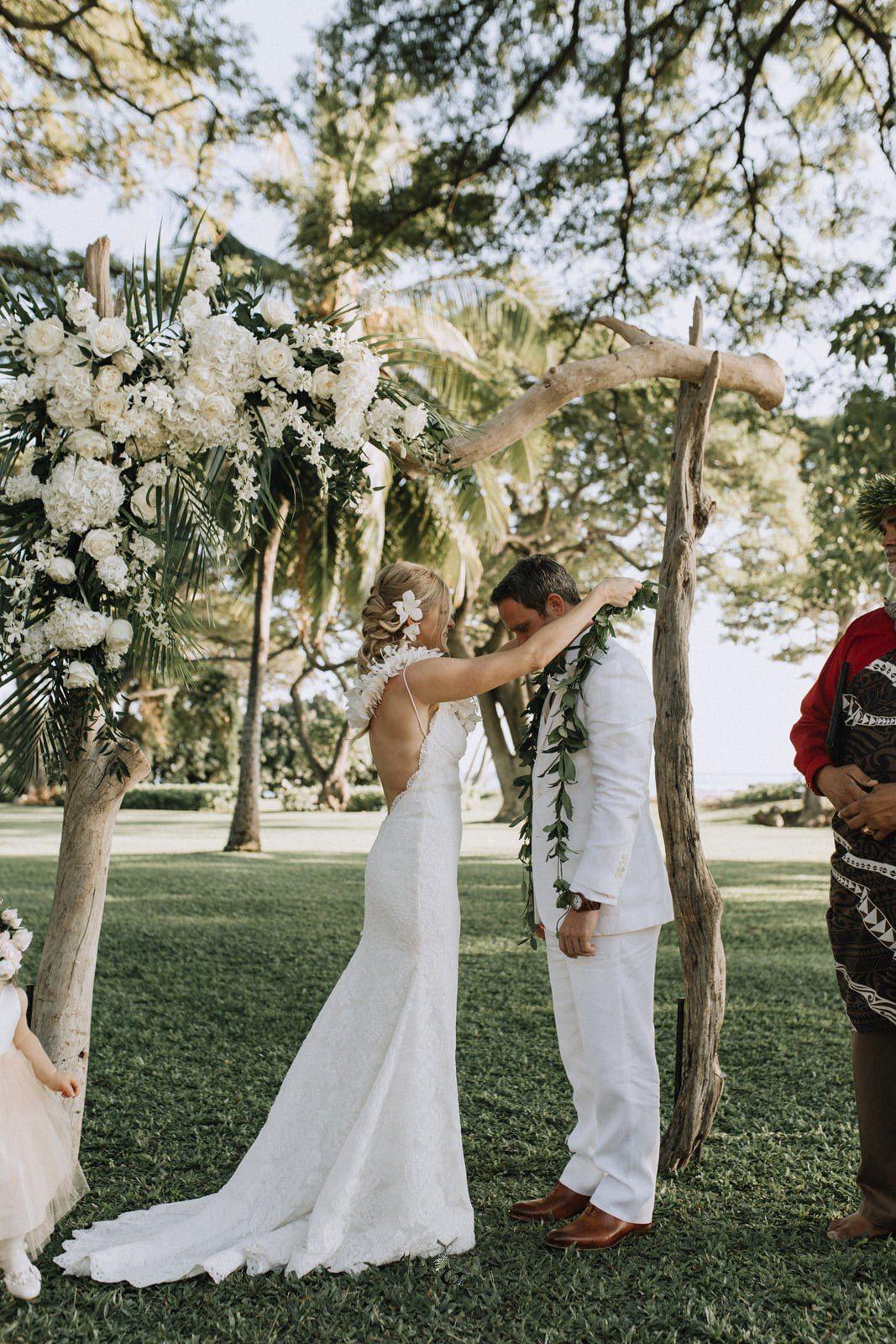 Wed Like a Local: Embracing Hawaii Wedding Traditions ...