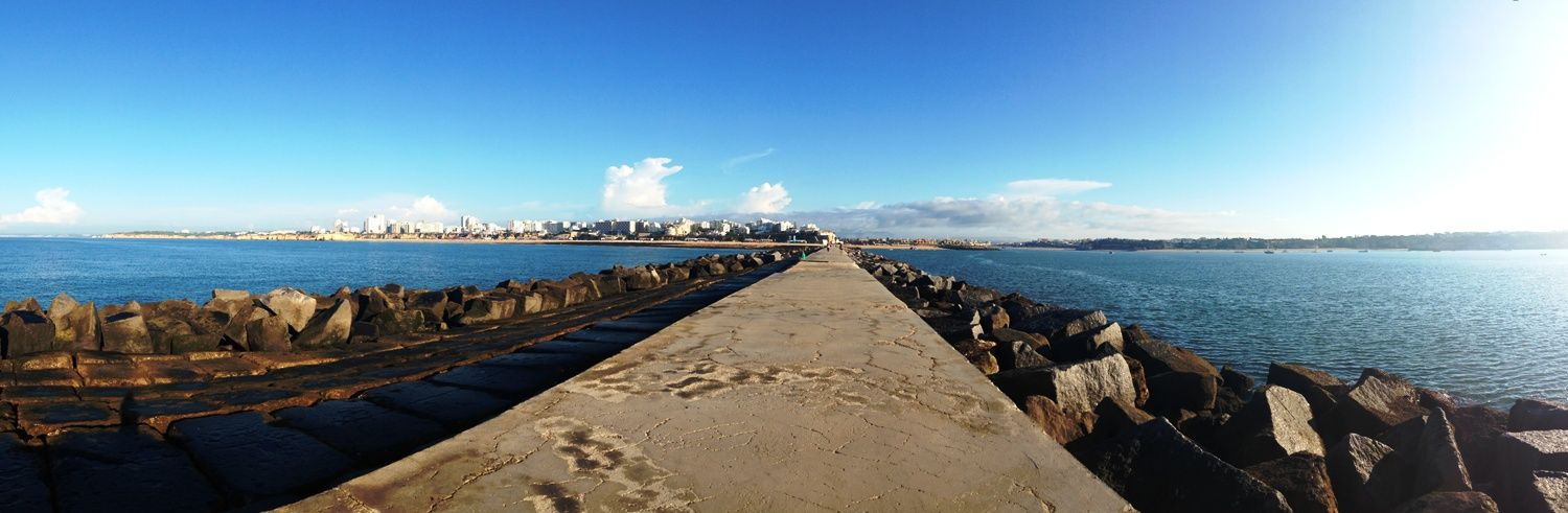 There's nothing like a morning walk along the pier at Praia da Rocha. http://myde.st/1yxL