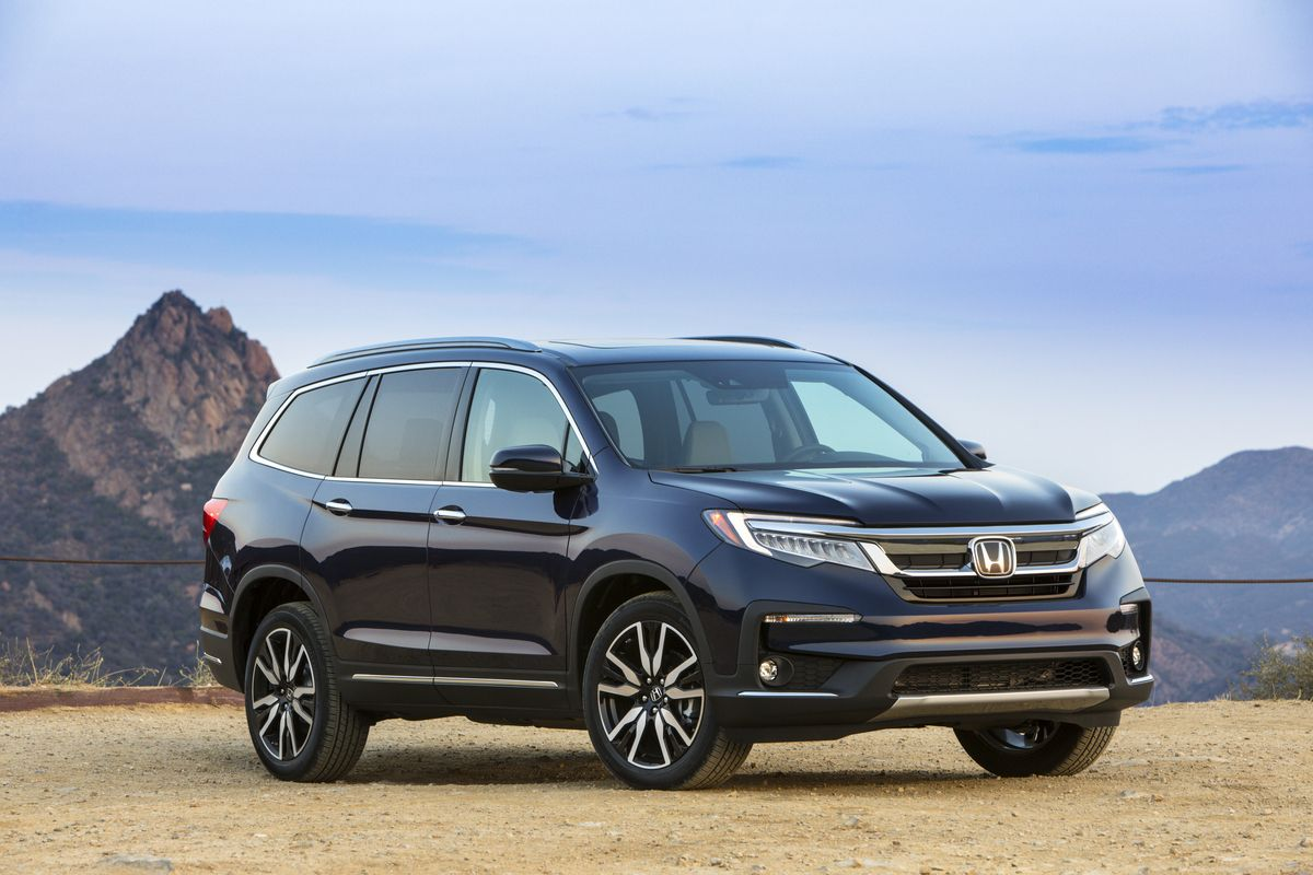 The New 2021 Hondapilot Comes Standard With A 9 Speed Transmission Paddle Shifters And A New Special Edition Trim Pil In 2020 Honda Pilot Honda Pilot Reviews Honda