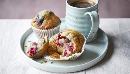 Raspberry and white chocolate muffins recipe | Recipe in ...