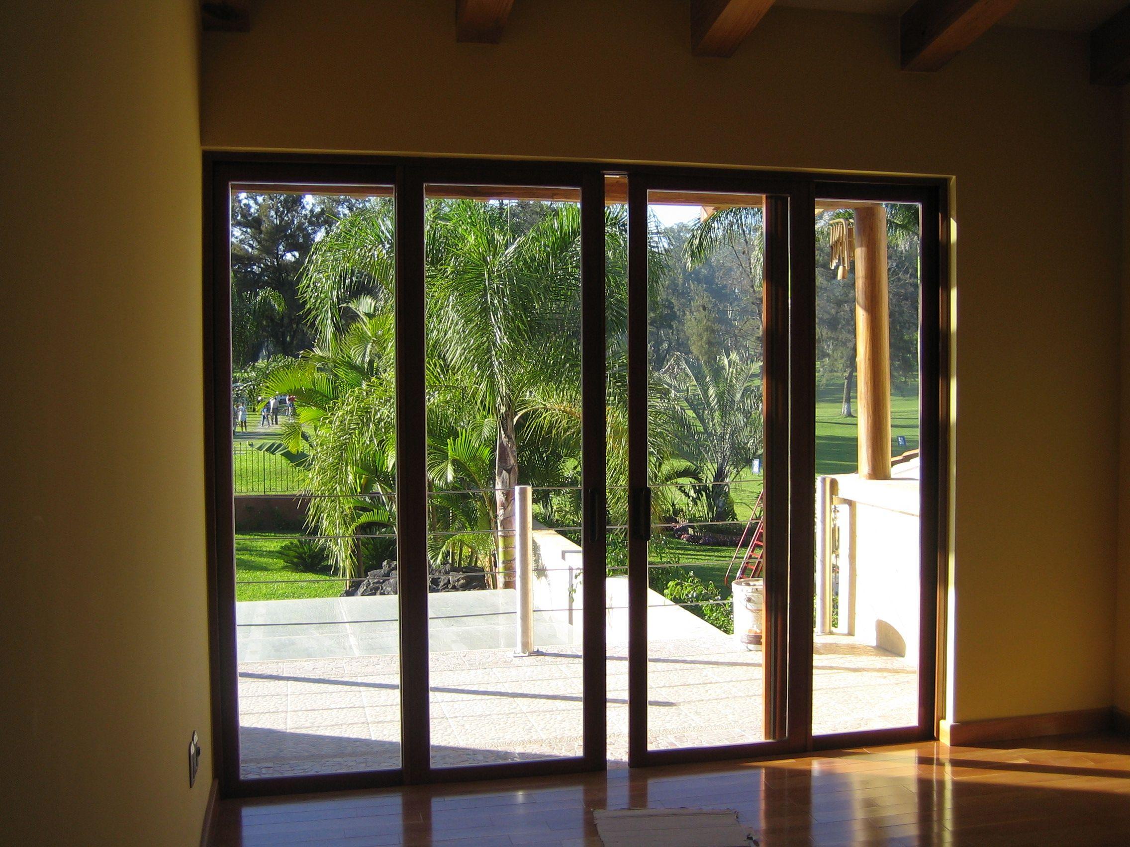 Puertas corredizas de madera ventana ventanademadera for Puerta ventana de aluminio corrediza
