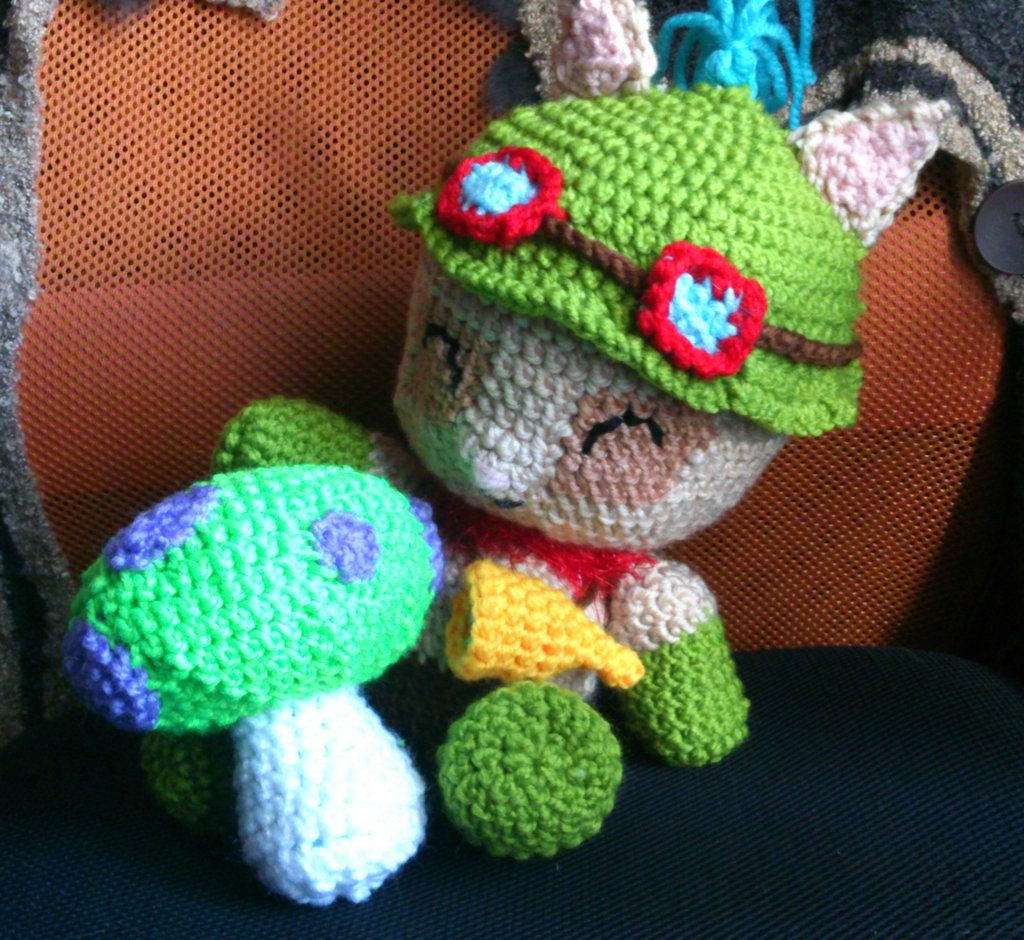 Teemo with shroom by ayinai.deviantart.com on @deviantART | Knit ...