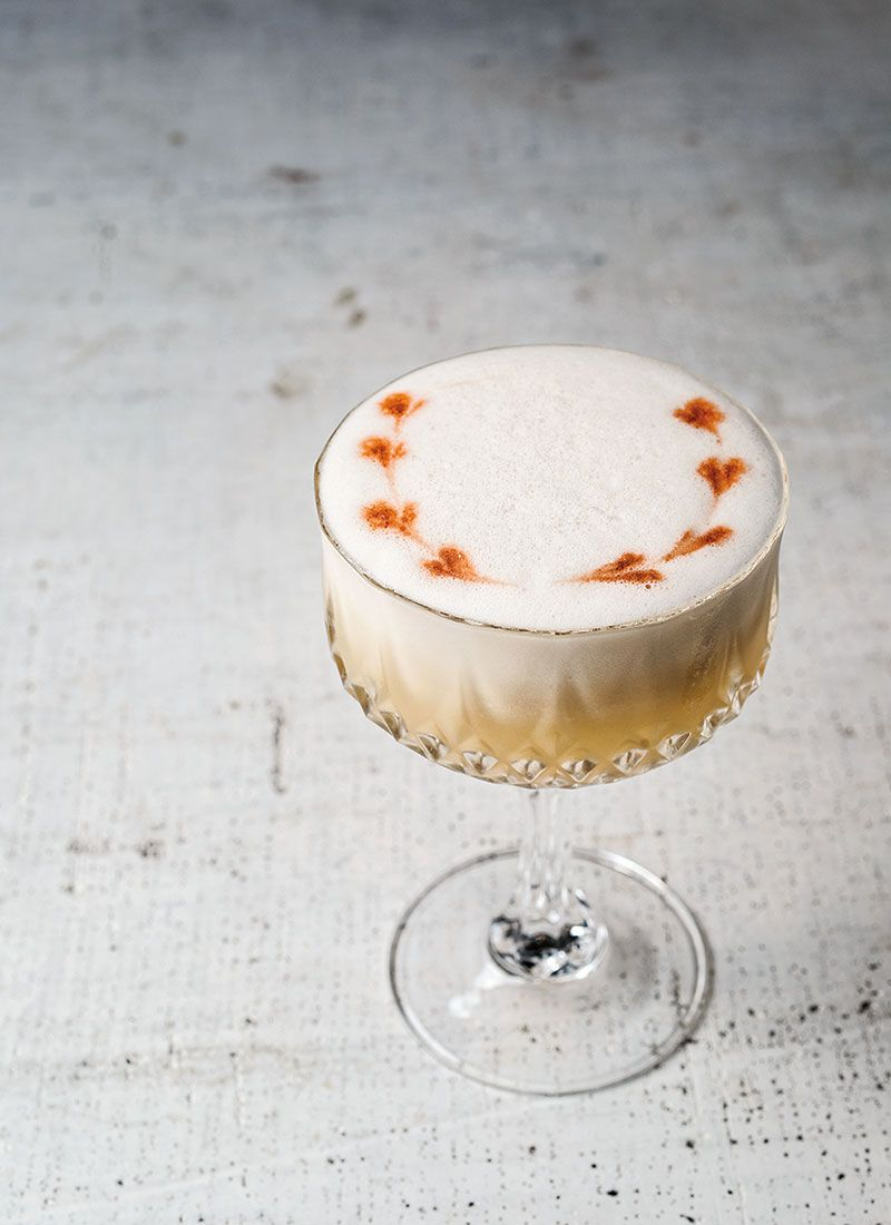 Bumble Bee | Recipe | Bumble bees, Cocktail recipes and Rum
