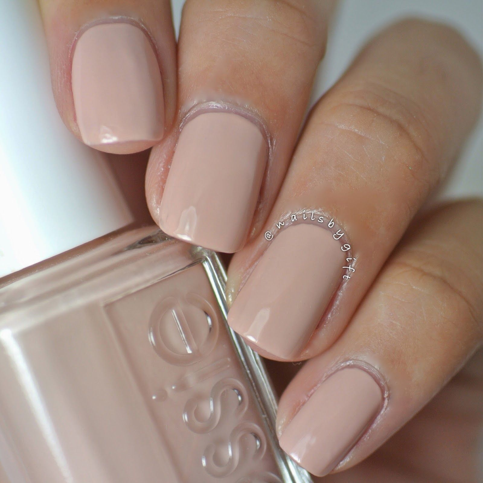 Essie - Jazz   Essie nail polish, Nail polish, Nail colors