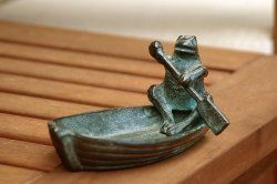 Row, row, row your boat gently down the stream... Frog Soap Dish - adorable way to hold your soap, loose change, trinkets!