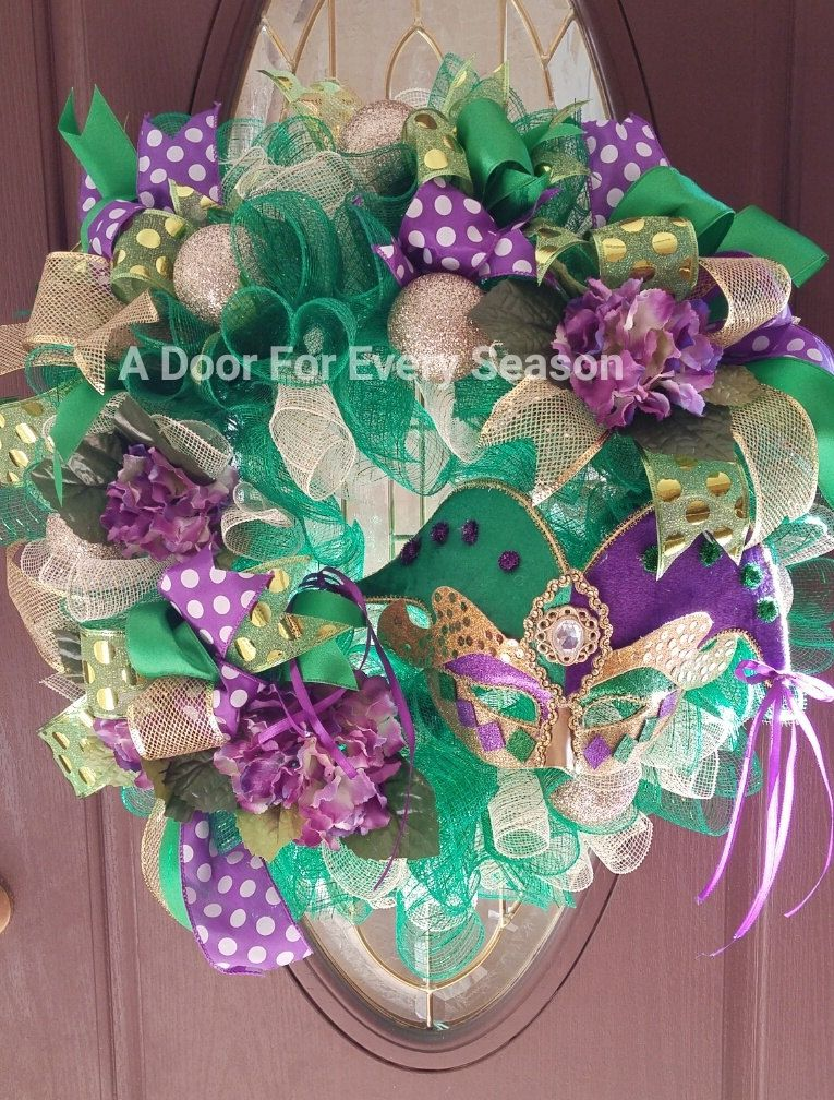 Mardi Gras Wreath, Fat Tuesday, One of a Kind, Ready to Ship, Includes Shipping by ADoorForEverySeason on Etsy