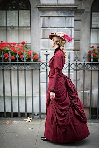 Photo Idea Vintage Victorian Fashion Women Historical Dresses Victorian Costume