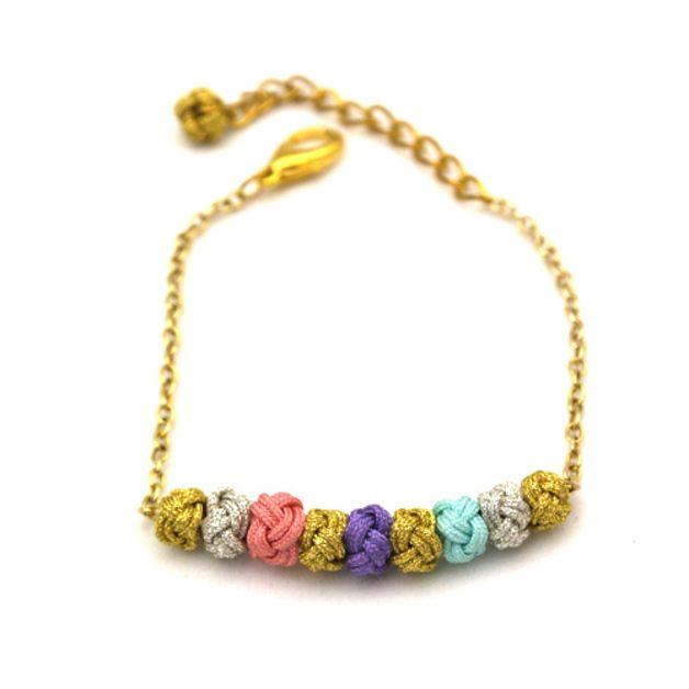 Armband mit kleinen bunten Kugeln // mini blossom ball bracelet by Sun Studio via DaWanda.com