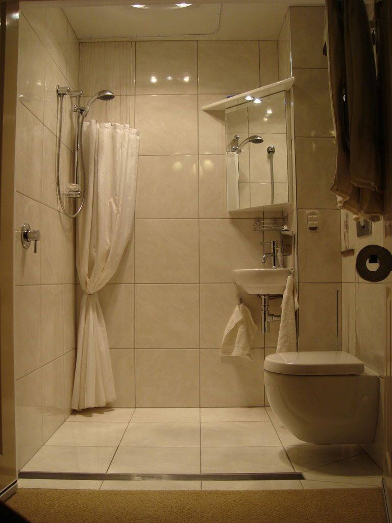 Disappearing Shower Curtain For Small Bathrooms Small Wet Room