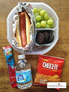 Hot dog grapes oreos yogurt water and crackers add condiment when school starts its hard to come up with lunch ideas especially if you have kids that dont like sandwiches my kids love hot lunches forumfinder Gallery