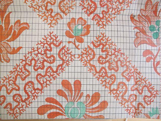 Pattern for silk weaving, 1800, via Flickr. (Source: Kommercekollegiet, Industri- og fabriksfagets sekretariat. Instruktionsbog til silkevævning, 1800. (pk. 2708).