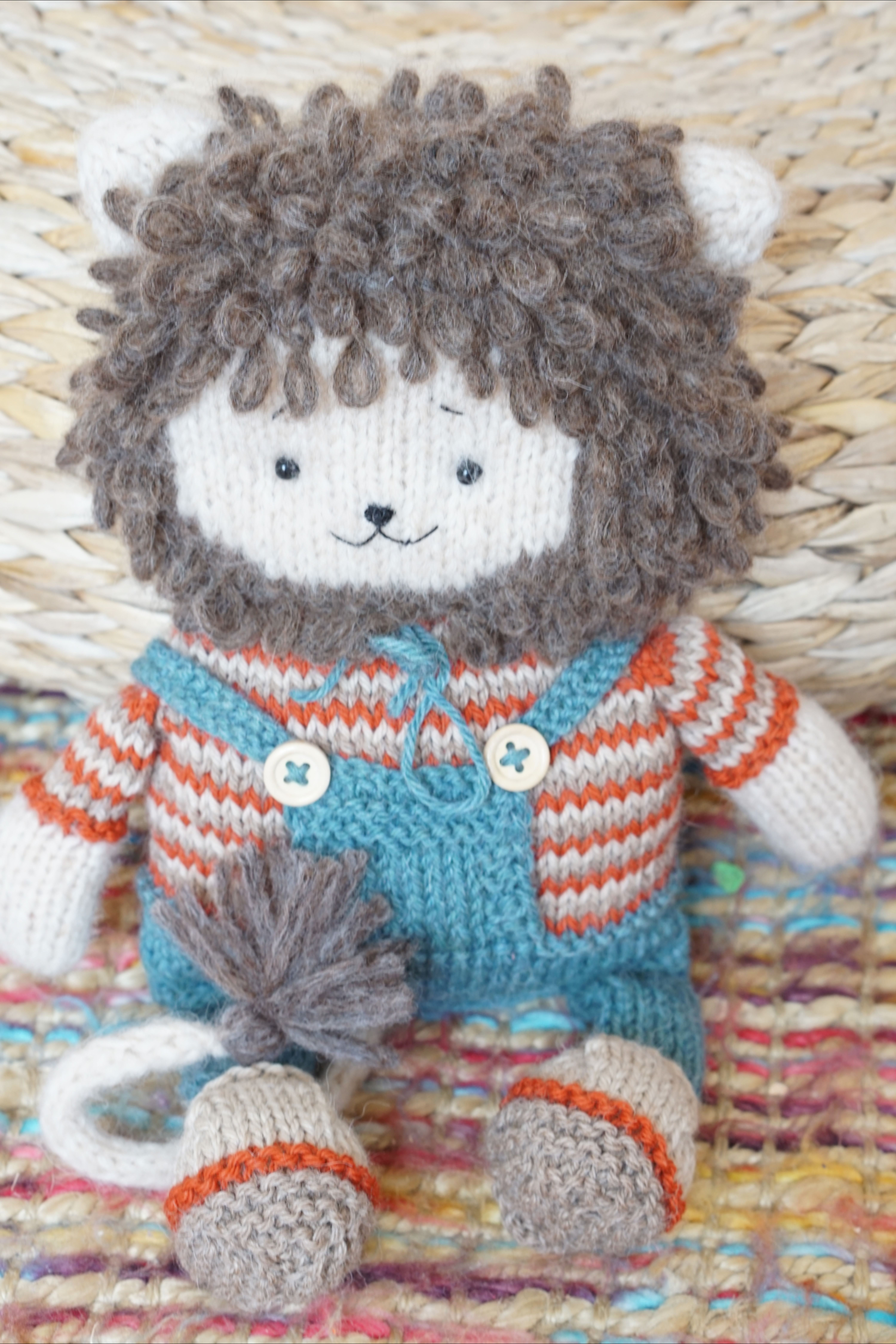 Toy knitting patterns pdf - Cute Lion Toy in 2020 ...