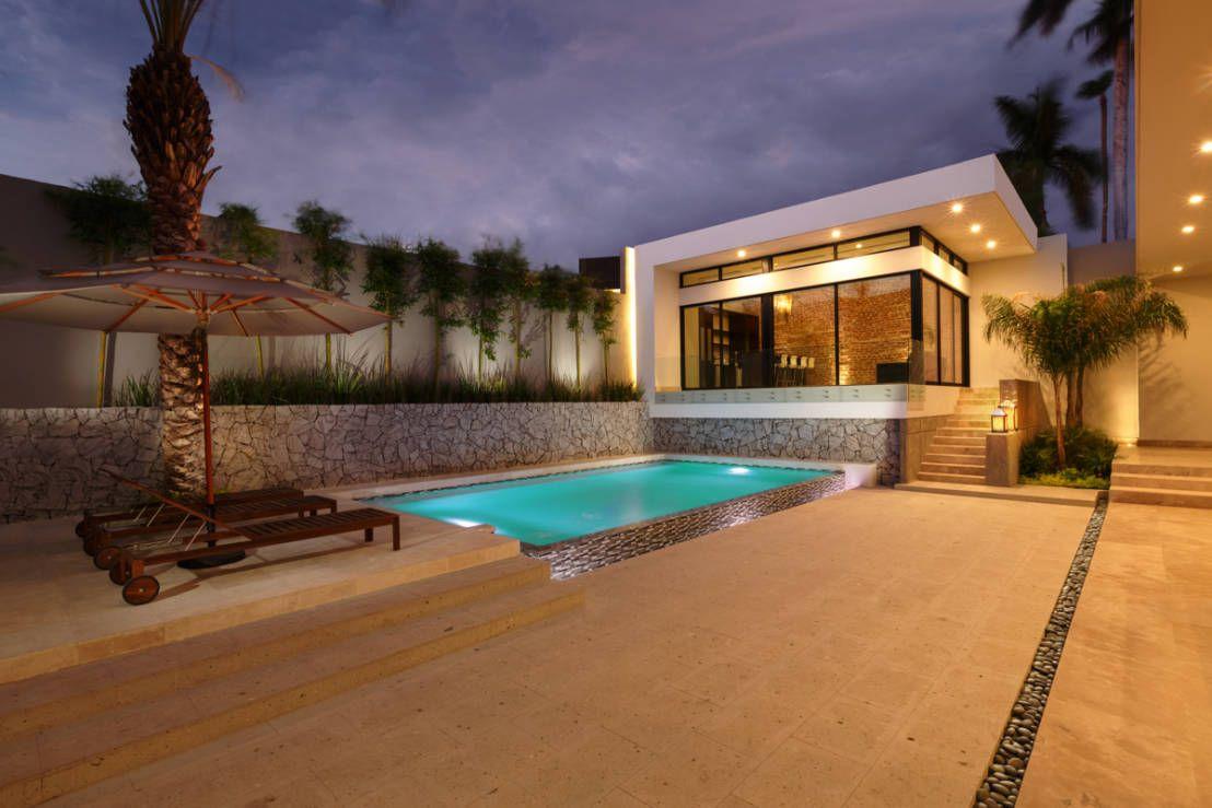 Mi nuevo libro de ideas piscinas modernas albercas y for Piscinas nuevo artica