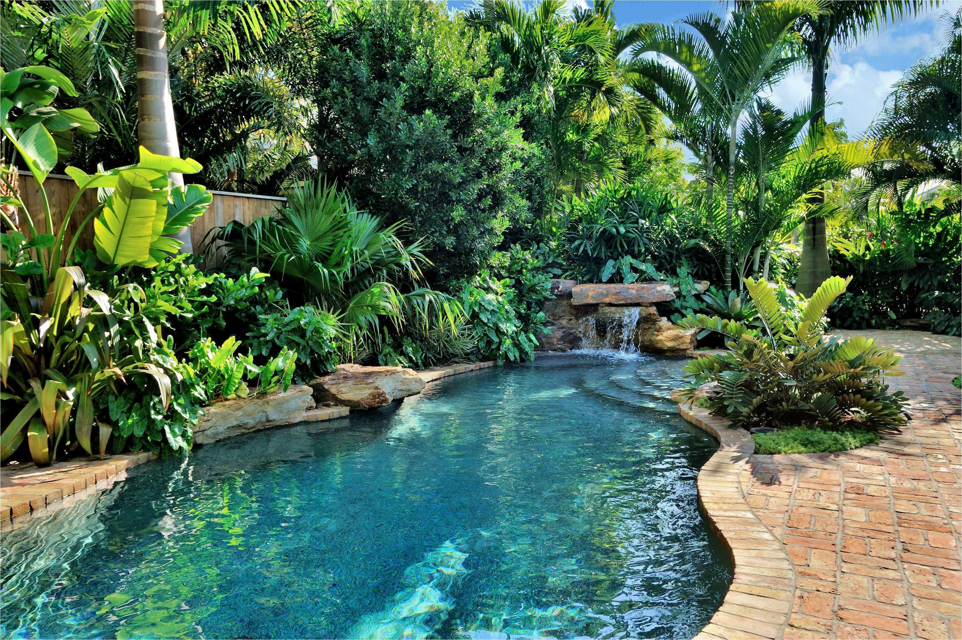 40 Brilliantly Awesome Backyard Pool Ideas To Turn Into Relaxing