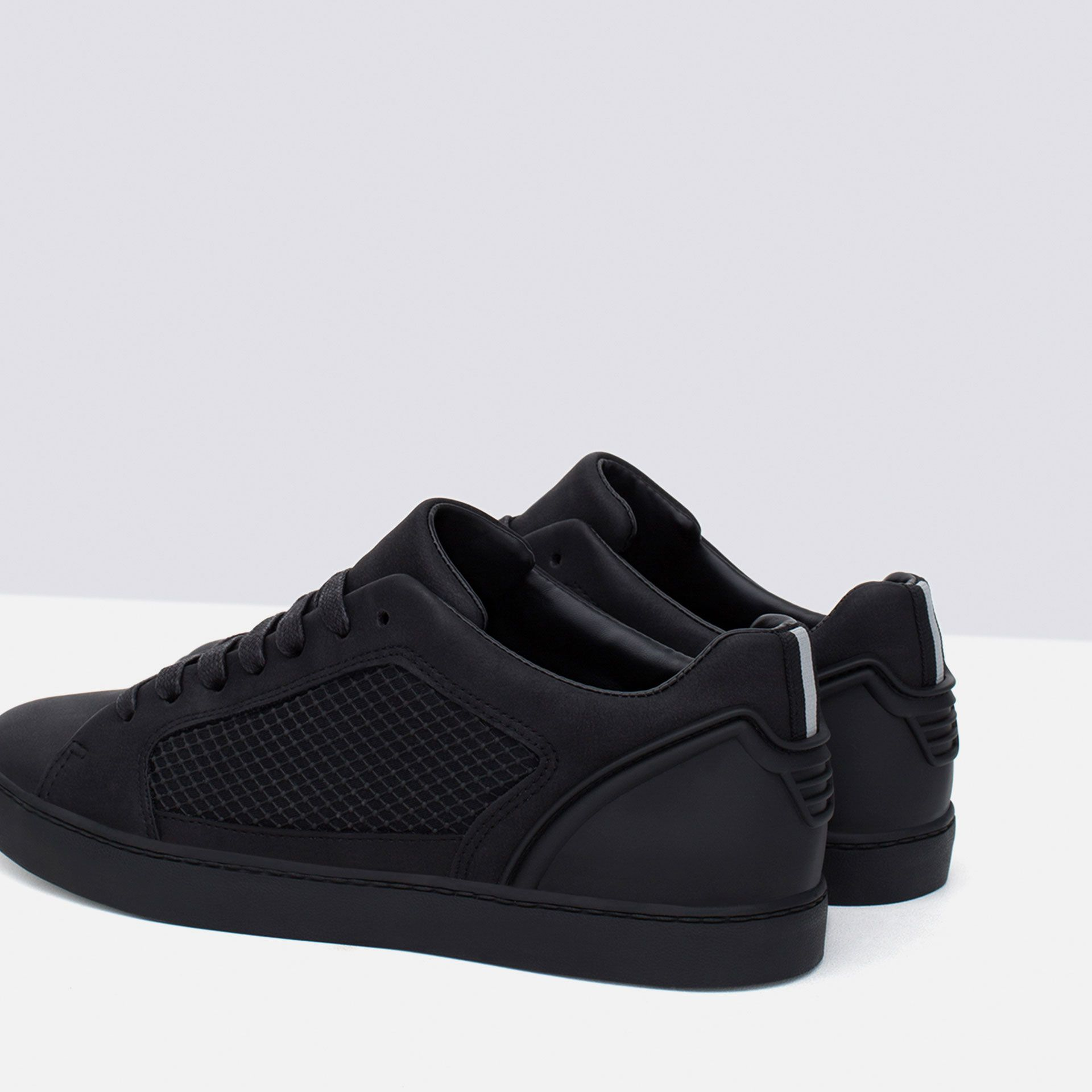 innovative design e6f99 a983a SINGLE COLOR TECHNICAL SNEAKERS - View all - Shoes - MAN   ZARA Canada
