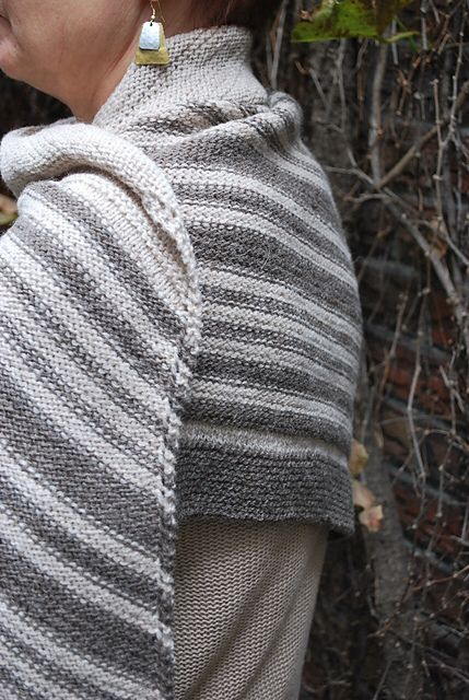 Ravelry: Finchmere pattern by Erika Flory