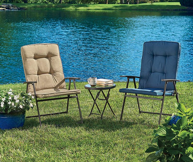 Wilson & Fisher Tan Oversized Padded Outdoor Folding Chair