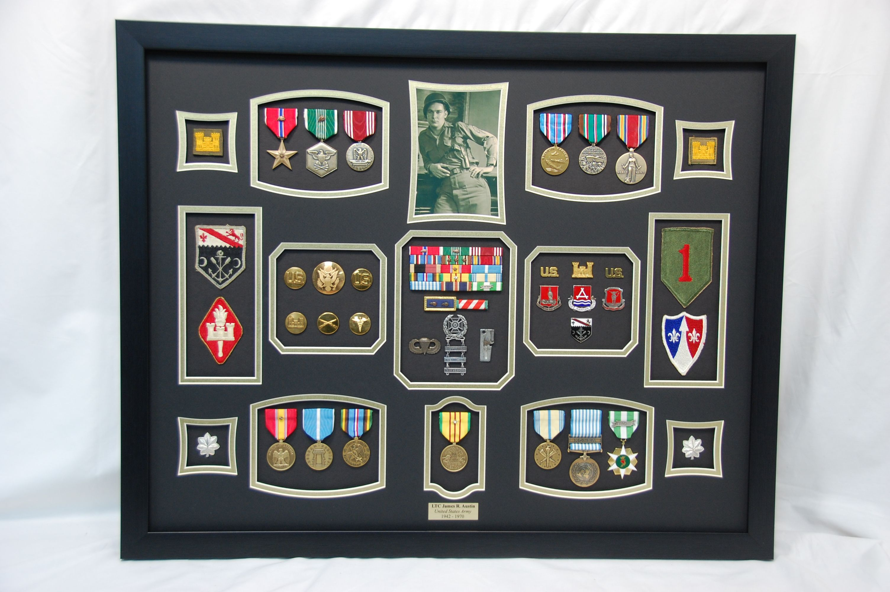 Us Army Ltc Military Shadow Box Display W Medals Patches And