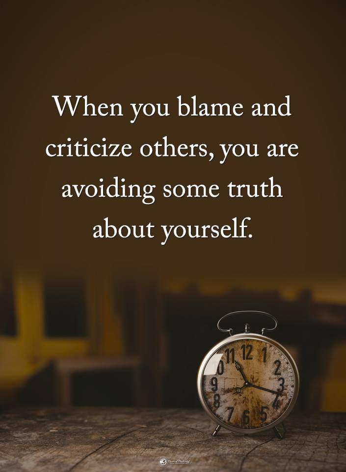 5 Hidden Behaviors A Hypocrite Displays Before Revealing Themselves
