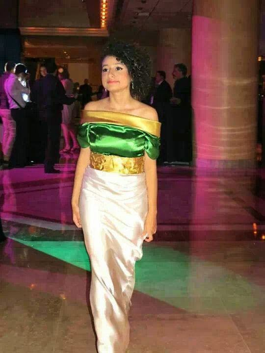Badroune moderne porté par une jeune chanteuse algérienne - Dalia Chih
