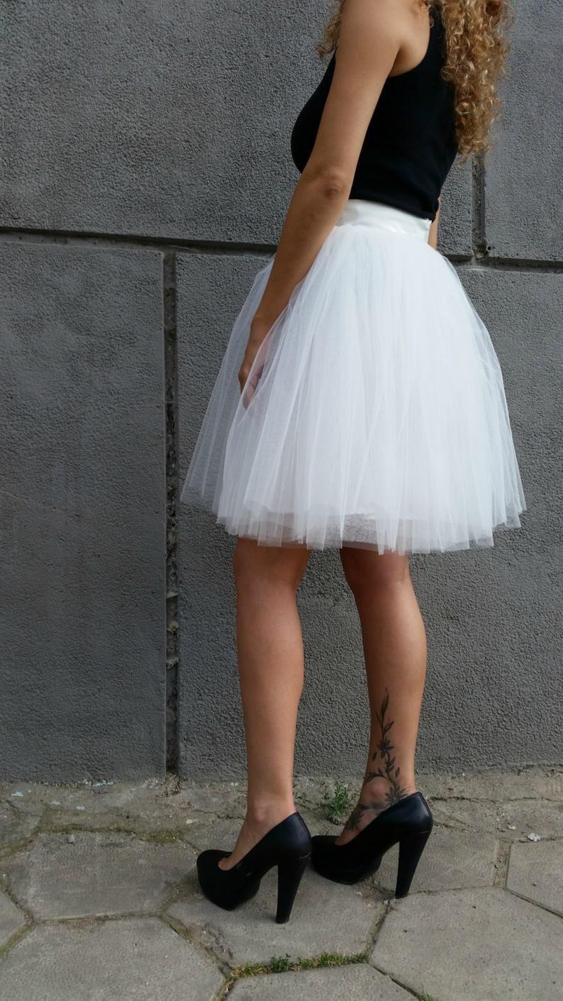 White Women Tulle Skirt Knee Length Tutu Skirt Princess Skirt Wedding Skirt Choose To Be Me Express Shipping Md10017 Womens Tulle Skirt Tulle Skirt Tulle Skirt Dress [ 1411 x 794 Pixel ]