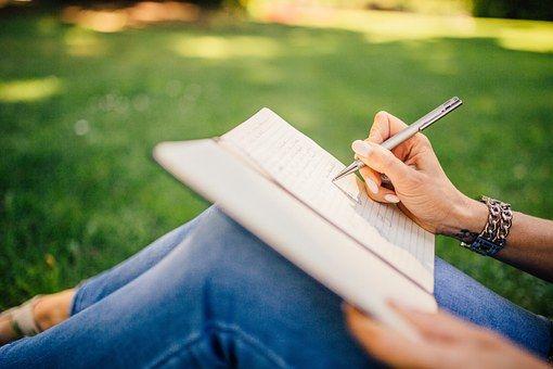 Piśmie, Pisarz, Stwierdza, Pióro