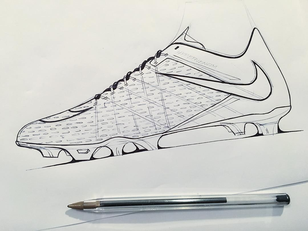 Pin By 0000 Wu On Sketch Shoe Design Sketches Sport Shoes Design Soccer Drawing