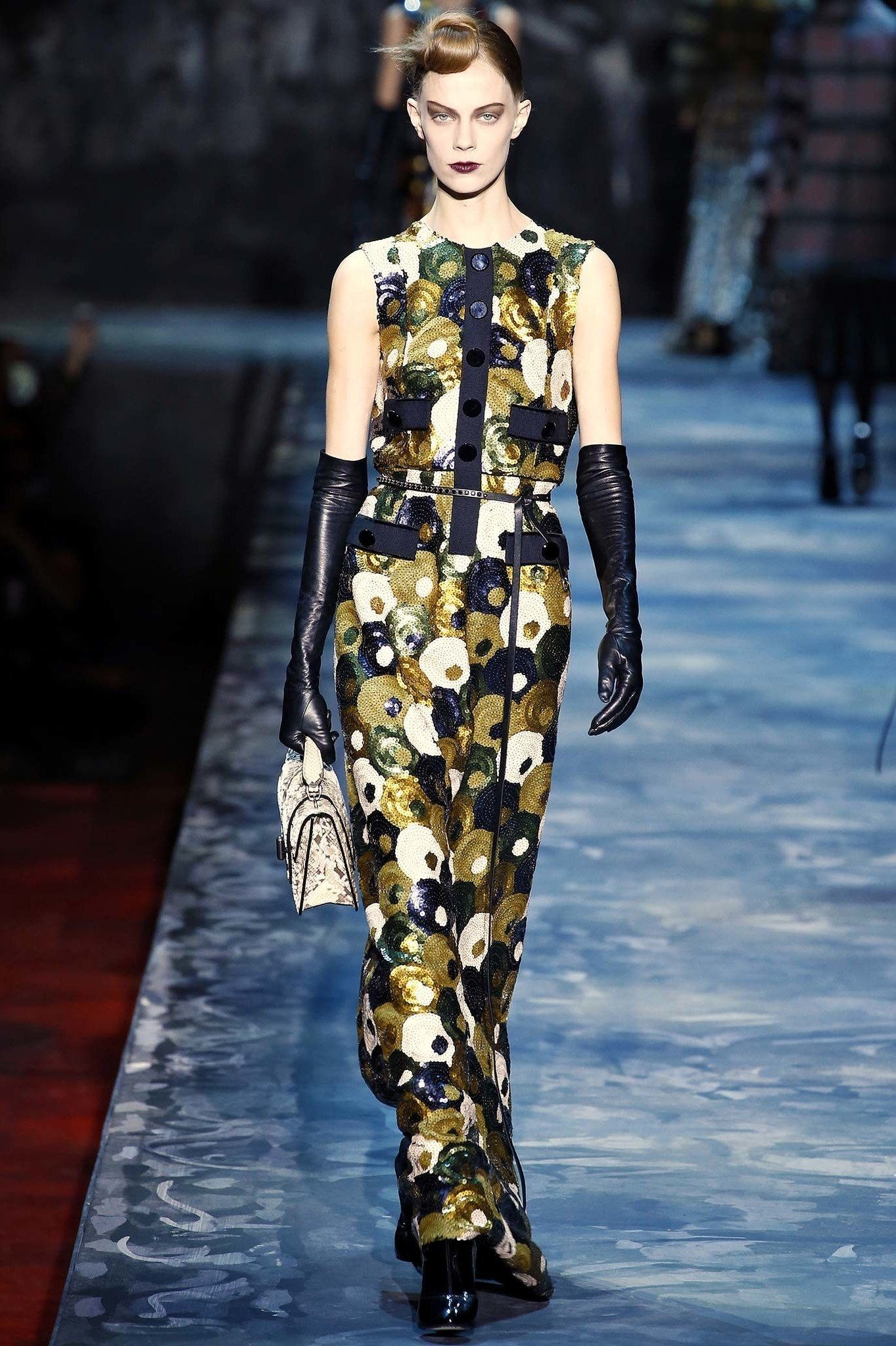 Sequins, Turbans, and Jerry Hall Side-Swept Hair: What to Wear to ...