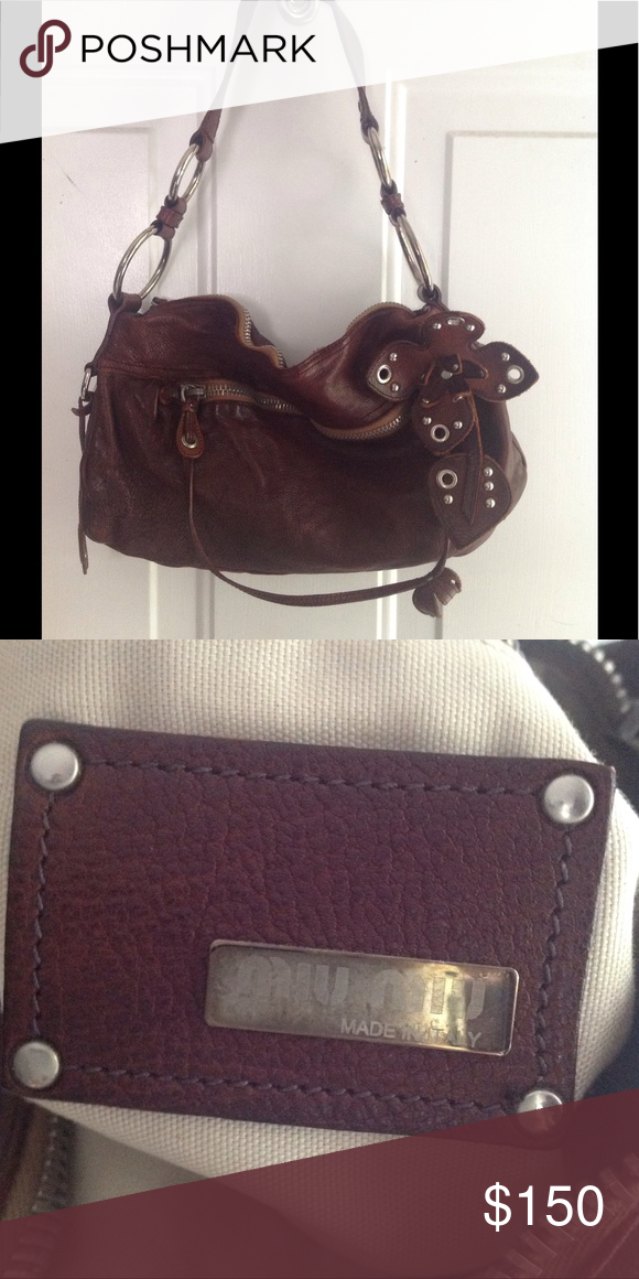 VINTAGE MIU MIU BAG Excellent condition! Just downsizing things in ever use  any longer. 7106de78cd