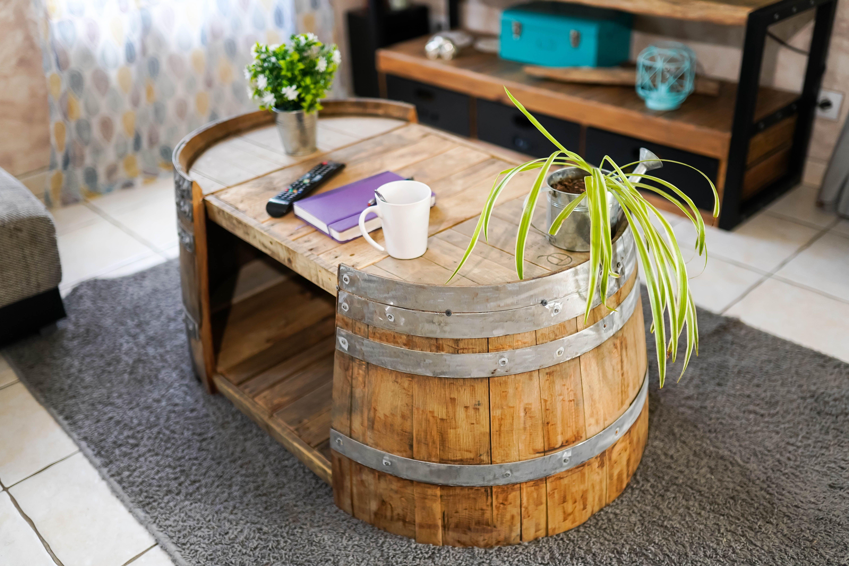 Demi Tonneau En Bois une jolie table basse réalisé avec un demi tonneau. l'art de