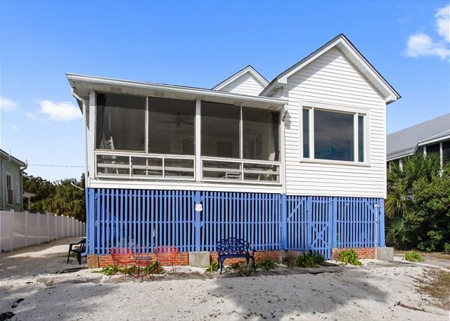 Excellent 1306 Butler Ave Benton Cottage Tybee Cottages Oceanfront Home Interior And Landscaping Eliaenasavecom